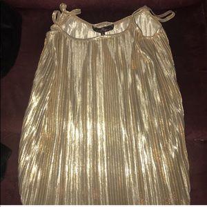 Tops - Gold shimmery glittery shiny tank top